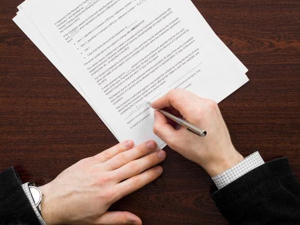 Modelo de contrato de experiência