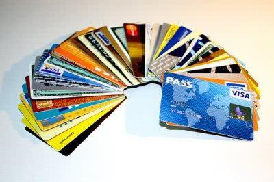 Modelo pronto de comunicado de perda de cartão de crédito