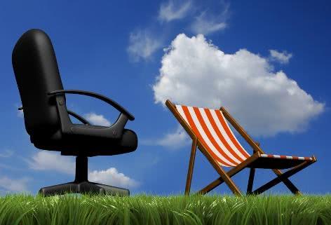 Comunicado de férias para clientes