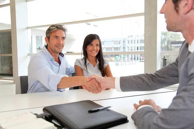 Quem pode e o que é preciso para fazer um empréstimo?