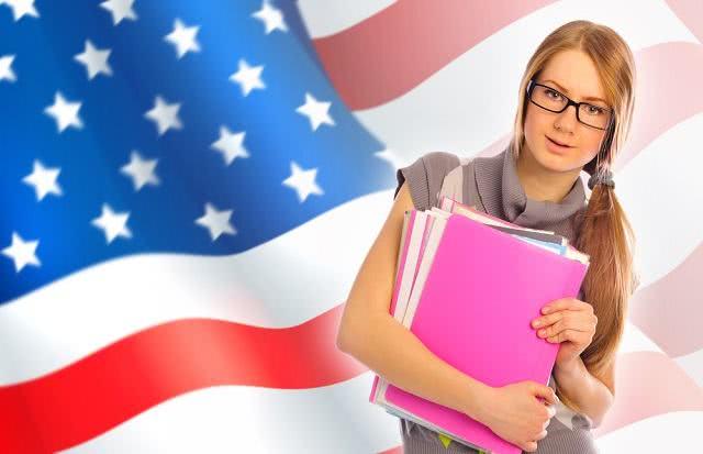 Confira 3 dicas para destacar seu intercâmbio no currículo