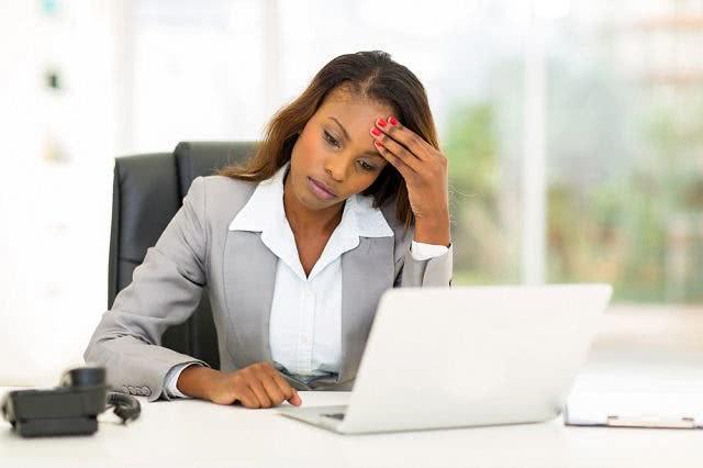 Problema financeiro atrapalha desempenho do funcionário