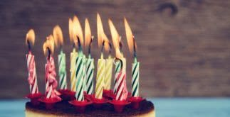 Aniversário: confira modelos de frases para colocar em convites