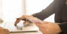 As empresas podem obrigar os funcionários a abrir conta para o pagamento dos salários?