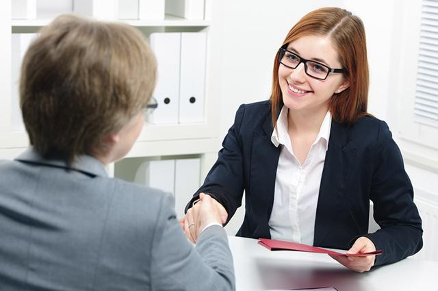 Uma das razões para contratar um recém formado é a ausência de vícios de trabalhos anteriores
