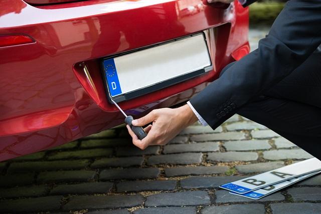 O custo do emplacamento de veículo zero no ES varia de acordo com o tipo do carro