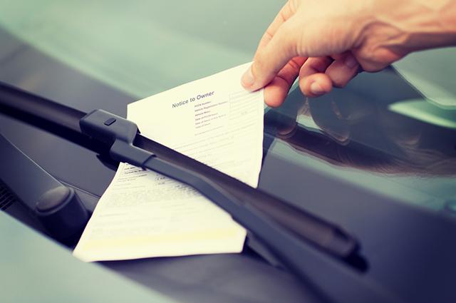 Os pontos na carteira, decorrentes das multas de trânsito, só expiram após 12 meses da data de autuação